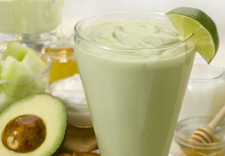 smoothie med avokado stressaav