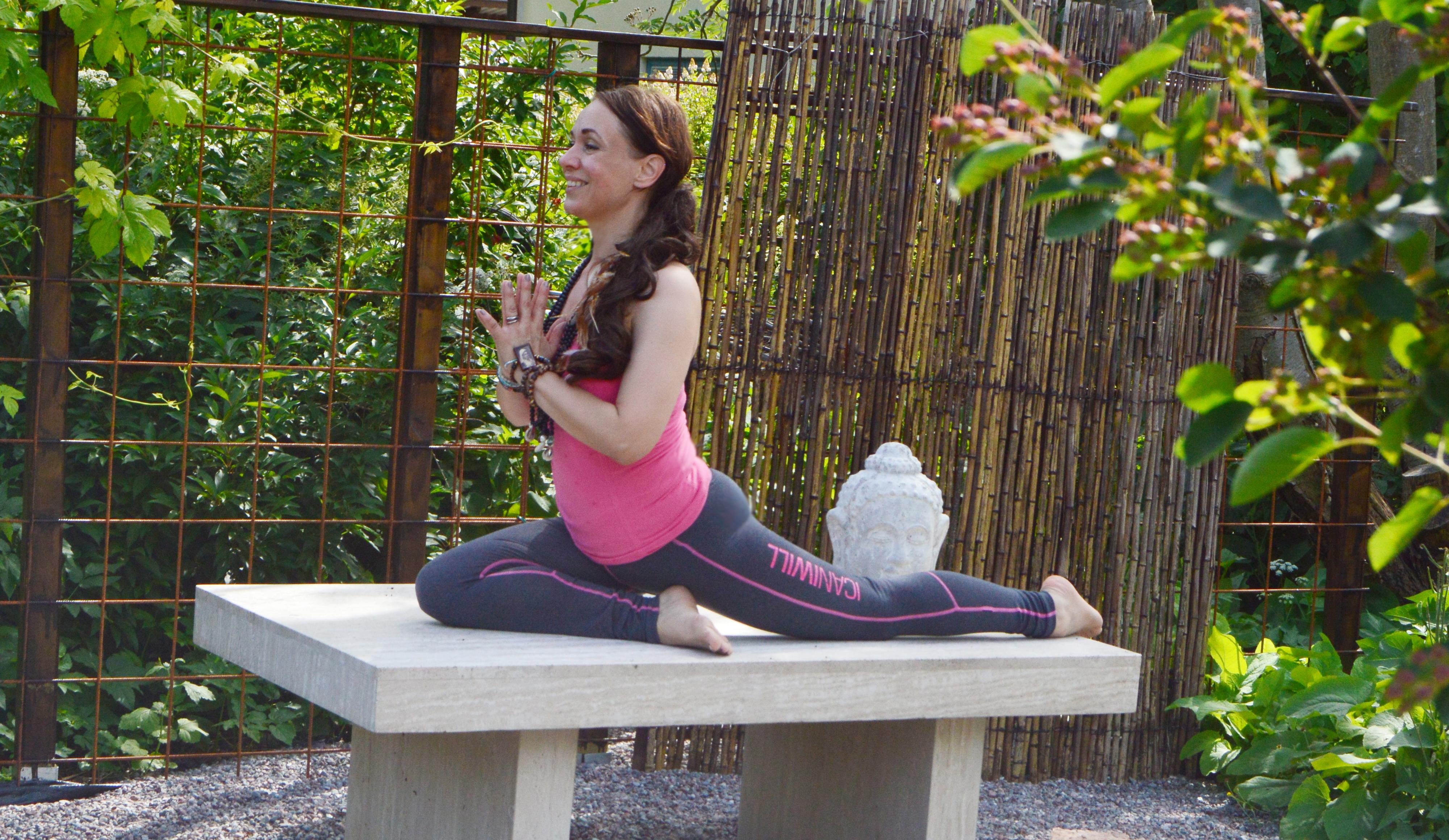 tanja mindfullyom yin yoga