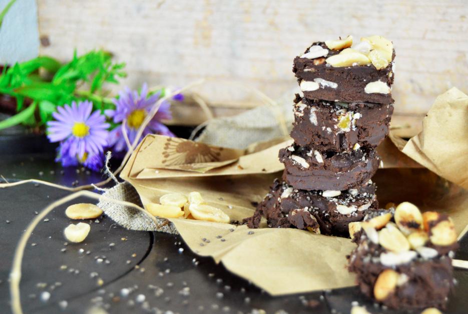 chokladkaka-vegan-sockerfri-tanja-dyredand-minska-sotsug