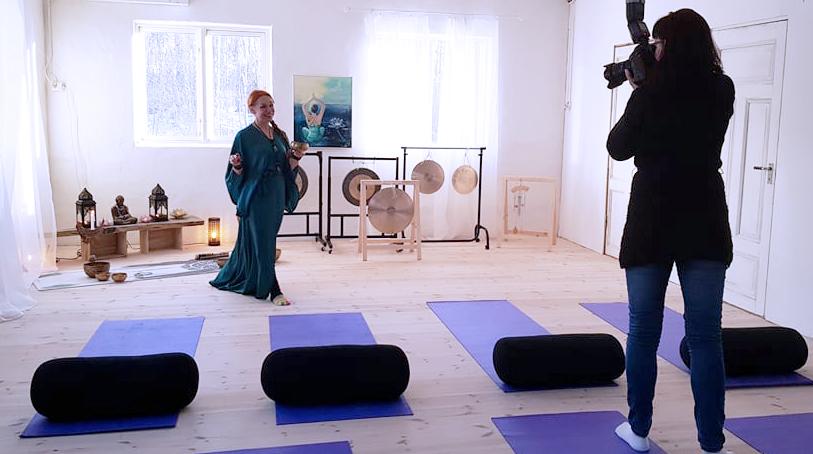tanja-dyredand-vanliga-villan-yoga-norrtalje-tidning