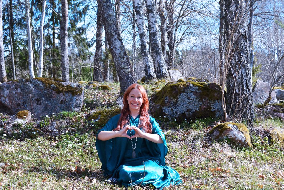 skogen-tanja-yoga-valborg